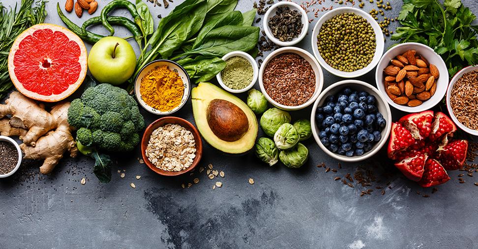 Alimentos que nos ajudam a combater a alergia primaveril